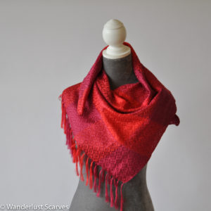 Vila Cini Luxurious Woven Silk
