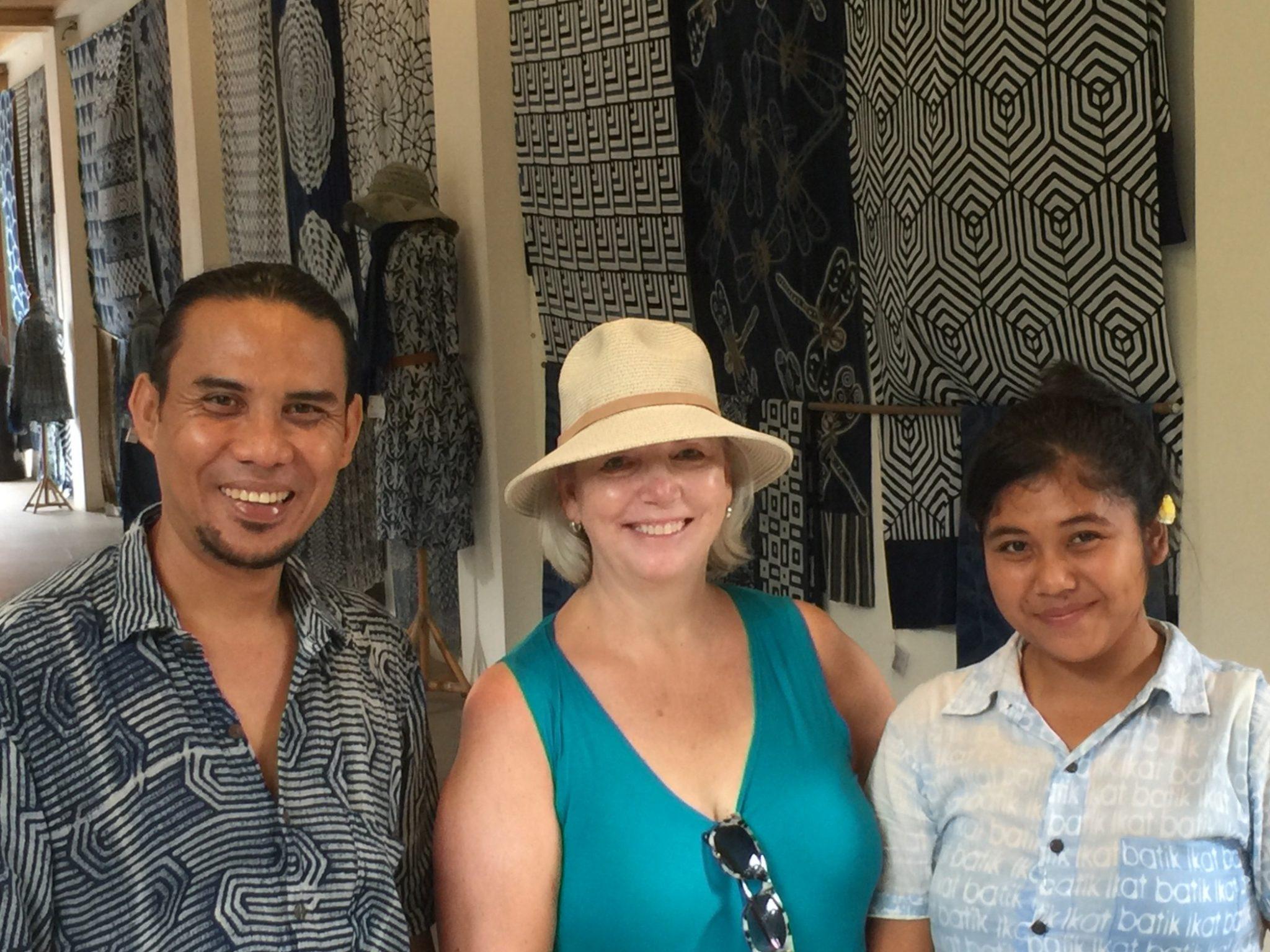 Ikat Batik Store Owner